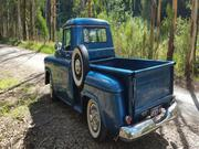 Chevrolet Apache 6 cylinder Petr